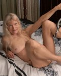 Old mature granny with small tits masturbating